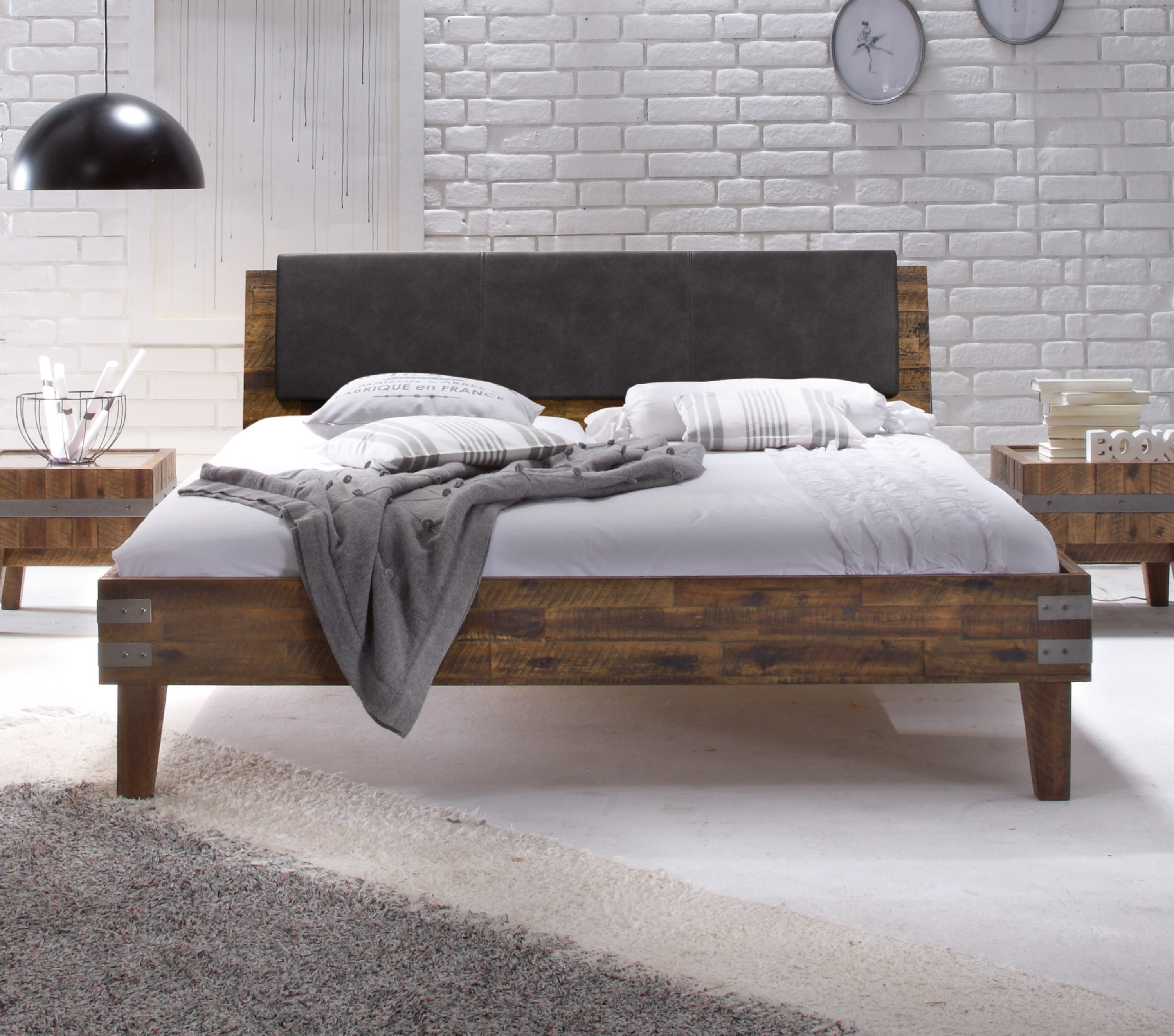 kopfteil bett polster gallery of diy betthaupt polstern. Black Bedroom Furniture Sets. Home Design Ideas